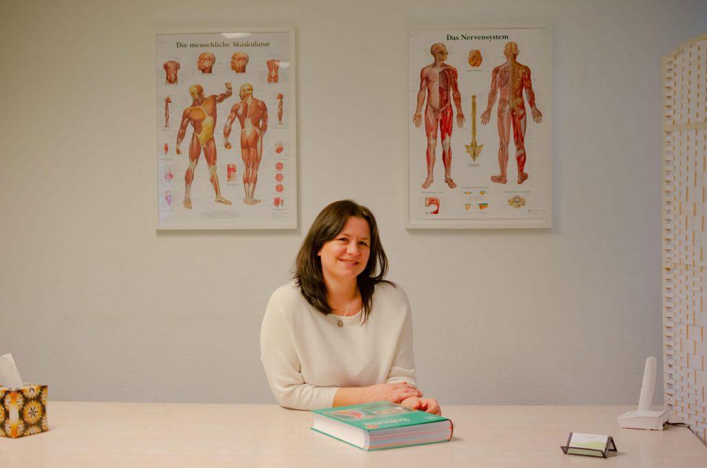 Therapeutin Wlada Bernhardt in ihrer Bewusstseinscoaching Praxis